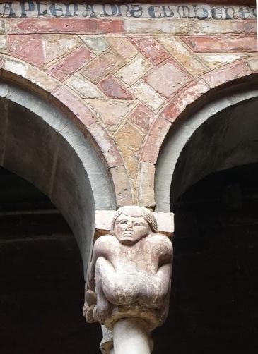 Santo Stefano Bologna cloister