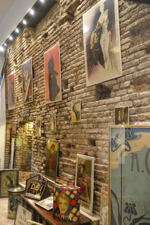 Bologna city wall visible in a shop