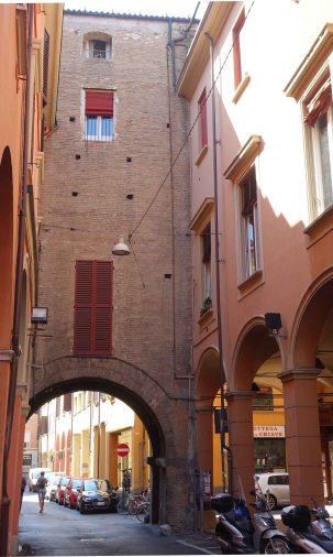 Bologna wallls Porta Govese