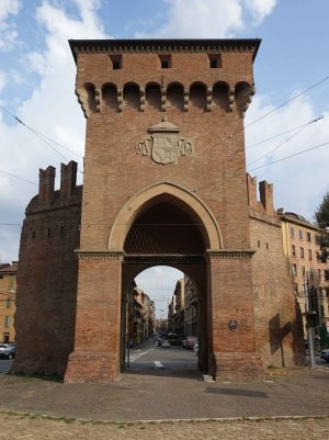 Bologna walls porta san felice