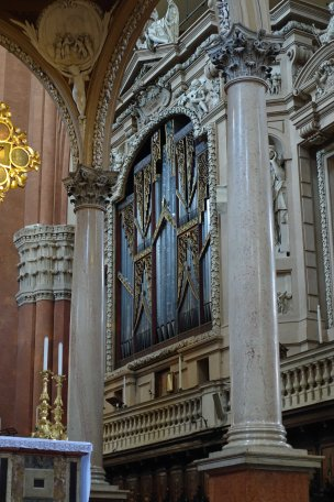 San Petronio organ Lorenzo da orato Bologna
