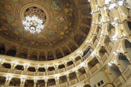 Teatro communale bologna