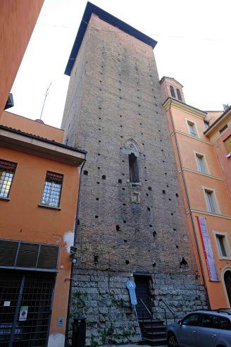Galluzzi tower Bologna