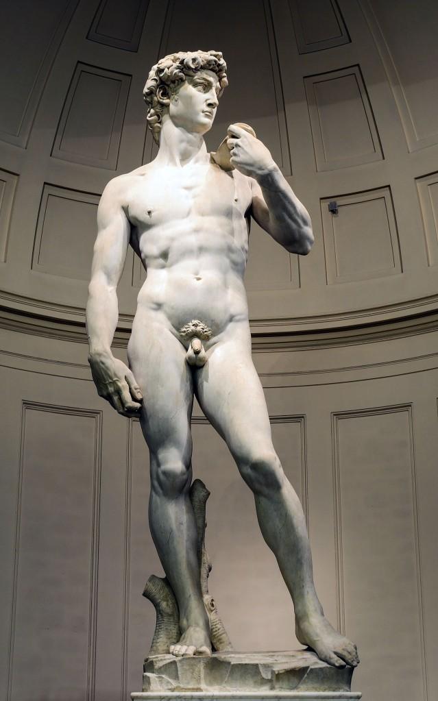 Michelangelo's_David_2015