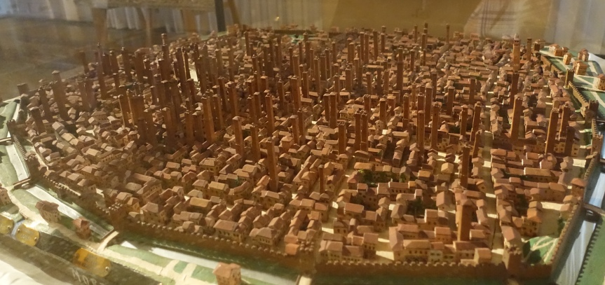 Bologna towers model