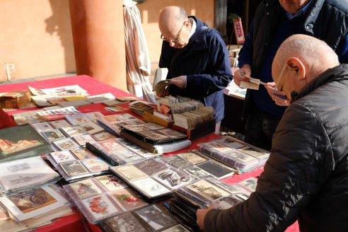 bologna antiques market postcards