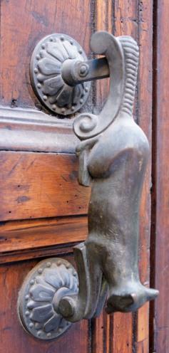 bologna cat doorknocker
