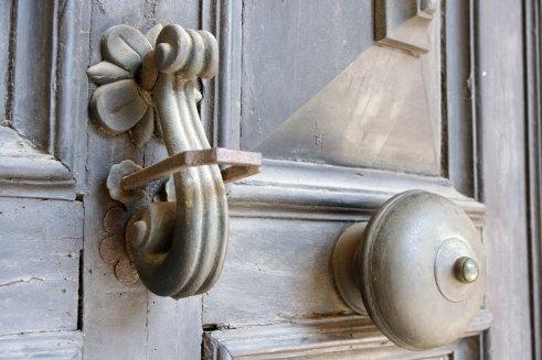 bologna doorknocker trad.jpg
