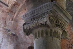 ionic column santo stefano detail