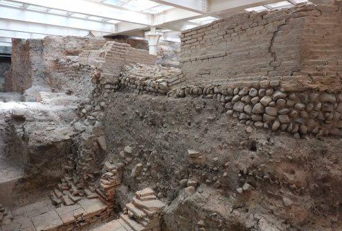 sala borsa roman basilica