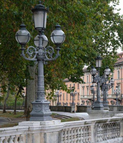 montagnola lamps bologna