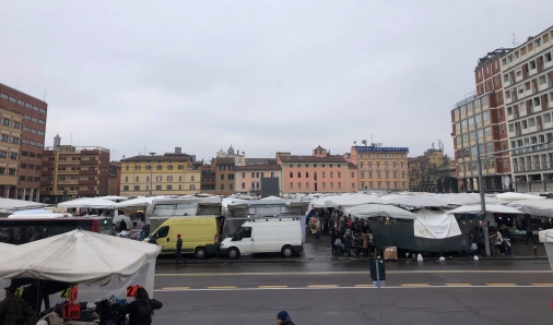 montagnola market